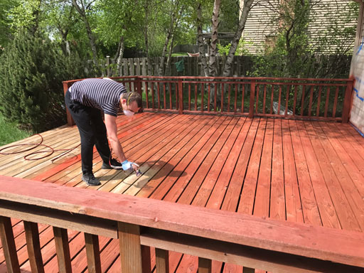 airless deck staining